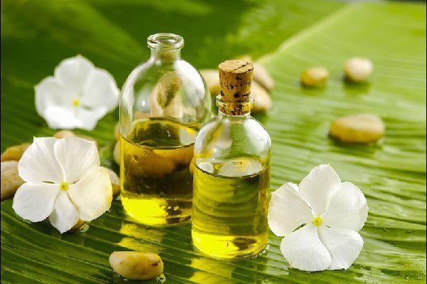 aromatherapy-for-massage-600x399-12